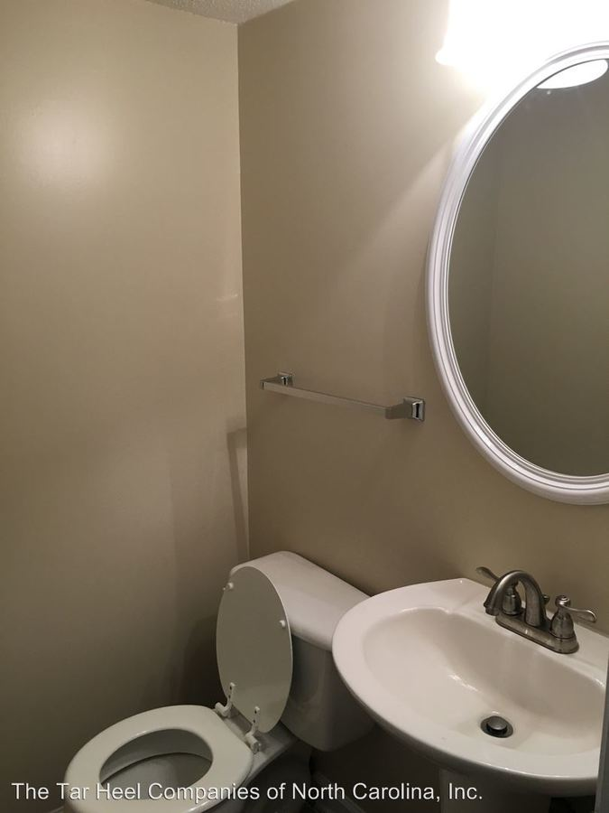 2 Bedrooms 1 Bathroom Apartment for rent at 510 Webster Street A-c in Cary, NC