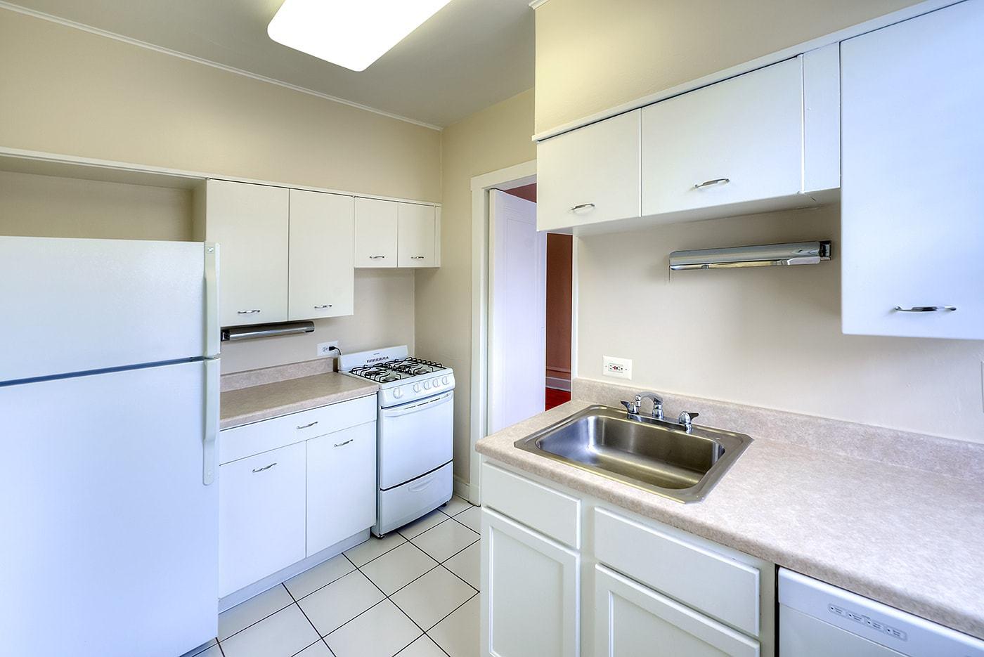 Apartments Near Evanston Michigan & Kedzie for Evanston Students in Evanston, IL