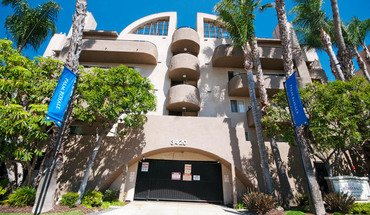 South Sepulveda Blvd Apartment for rent in Los Angeles, CA