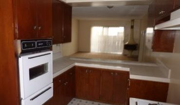 S. Fir Ave. Apartment for rent in Inglewood, CA