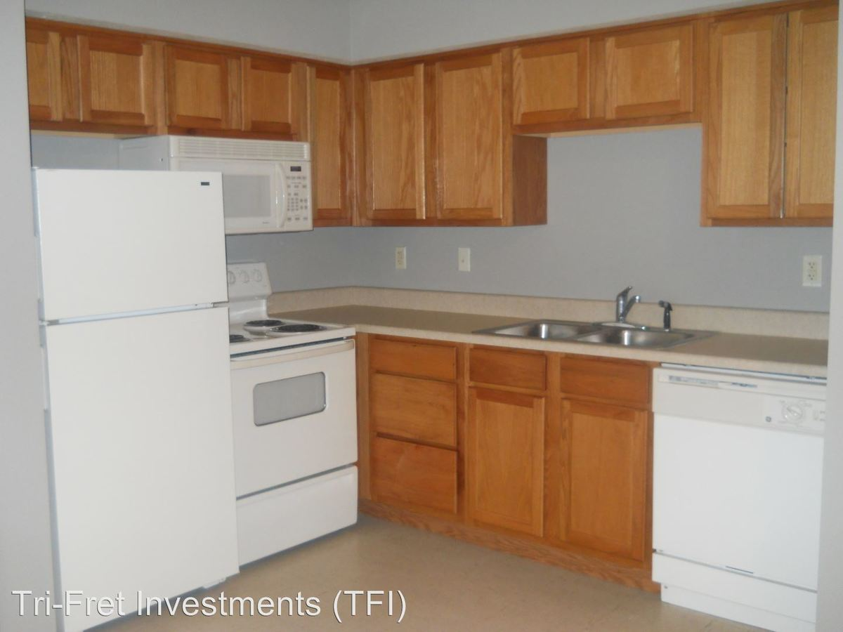 1 Bedroom 1 Bathroom Apartment for rent at 209-266 E. Erie #a-p in Springfield, MO