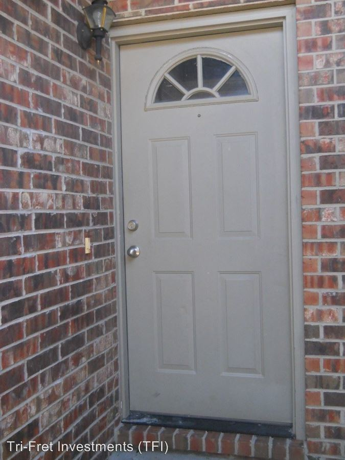 2 Bedrooms 2 Bathrooms Apartment for rent at 209-266 E. Erie #a-p in Springfield, MO