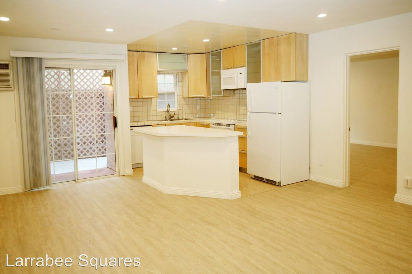 2 Bedrooms 2 Bathrooms Apartment for rent at 950 Larrabee St. in West Hollywood, CA