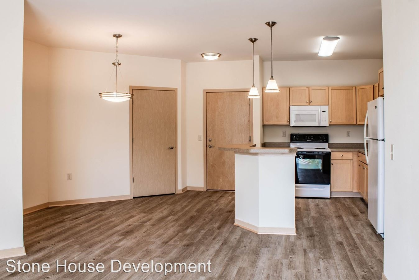 2 Bedrooms 2 Bathrooms Apartment for rent at Park Central in Madison, WI
