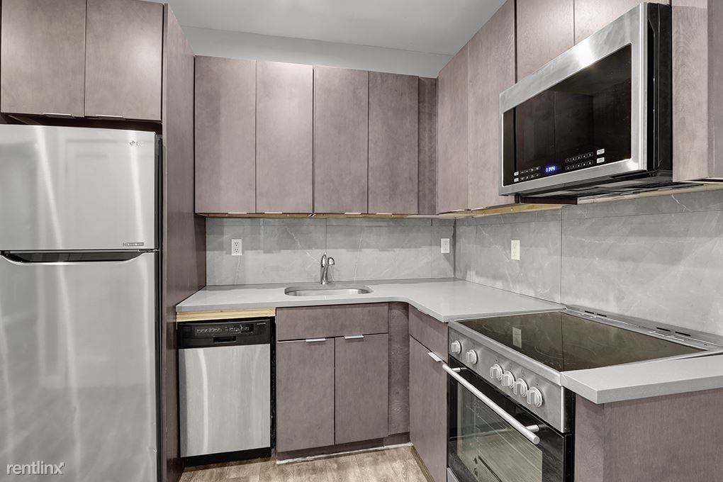 1 Bedroom 1 Bathroom Apartment for rent at 411 E 118th St 2 in New York, NY