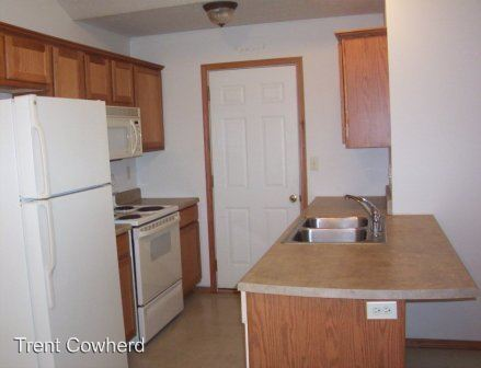 2 Bedrooms 2 Bathrooms Apartment for rent at 1307-4106 S. Fort in Springfield, MO