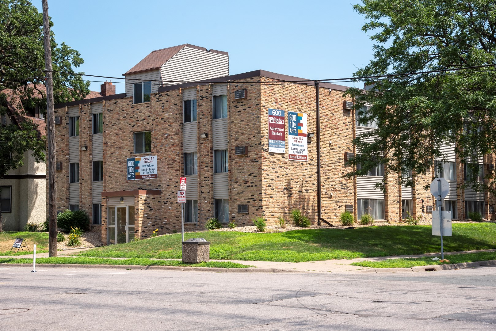 600 10Th Ave Apartments
