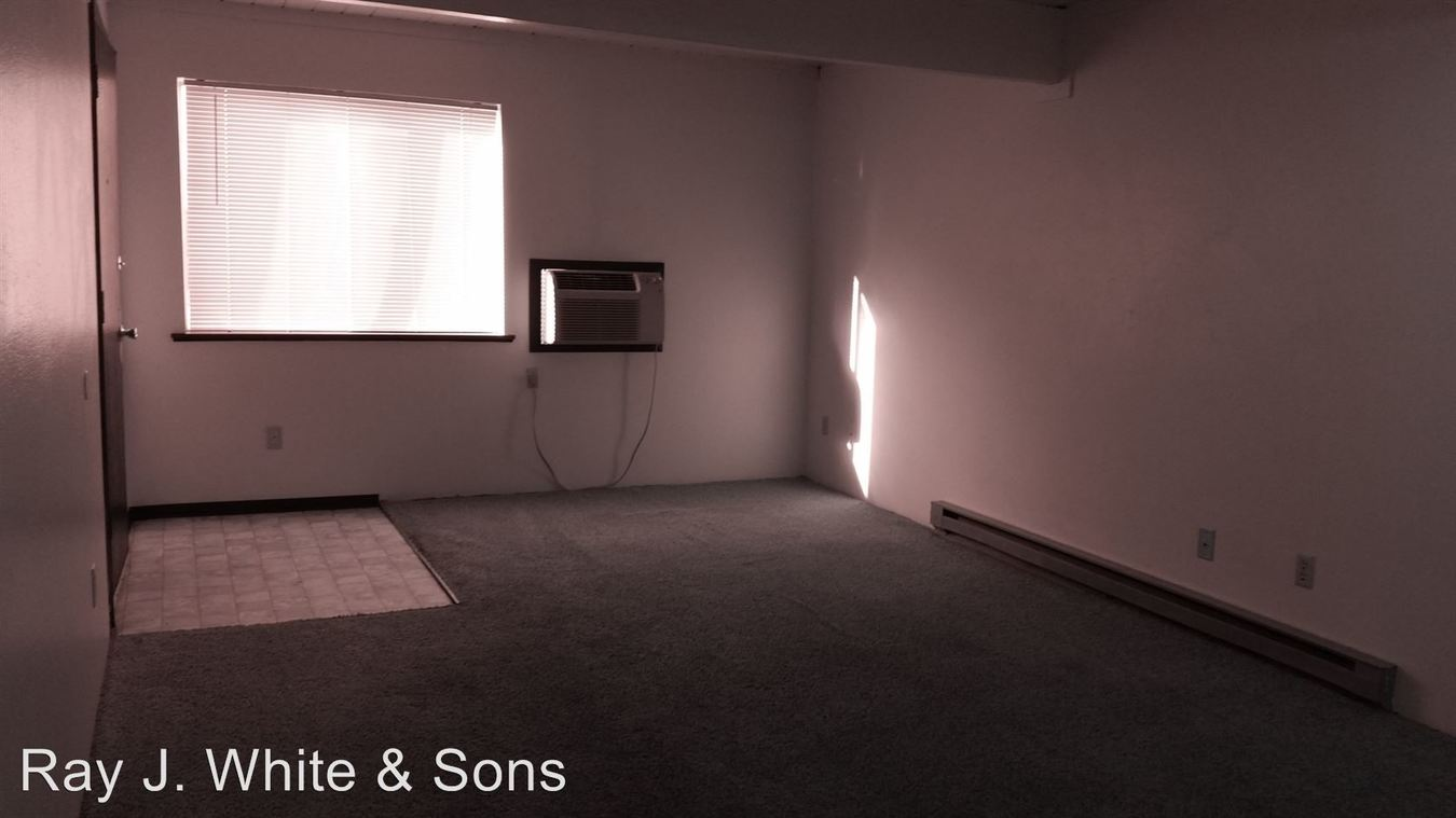 2 Bedrooms 1 Bathroom Apartment for rent at 2525 8th St in Lewiston, ID