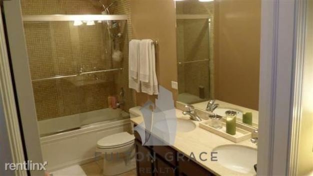 2 Bedrooms 1 Bathroom House for rent at 828 W Grace St in Chicago, IL