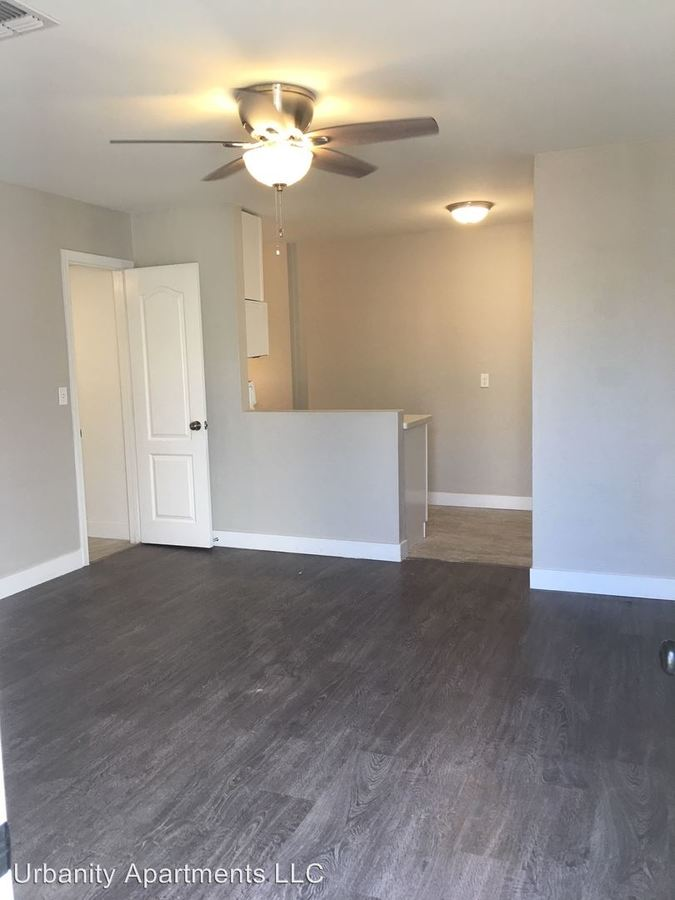 2 Bedrooms 1 Bathroom Apartment for rent at 4241 North 17th Street in Phoenix, AZ