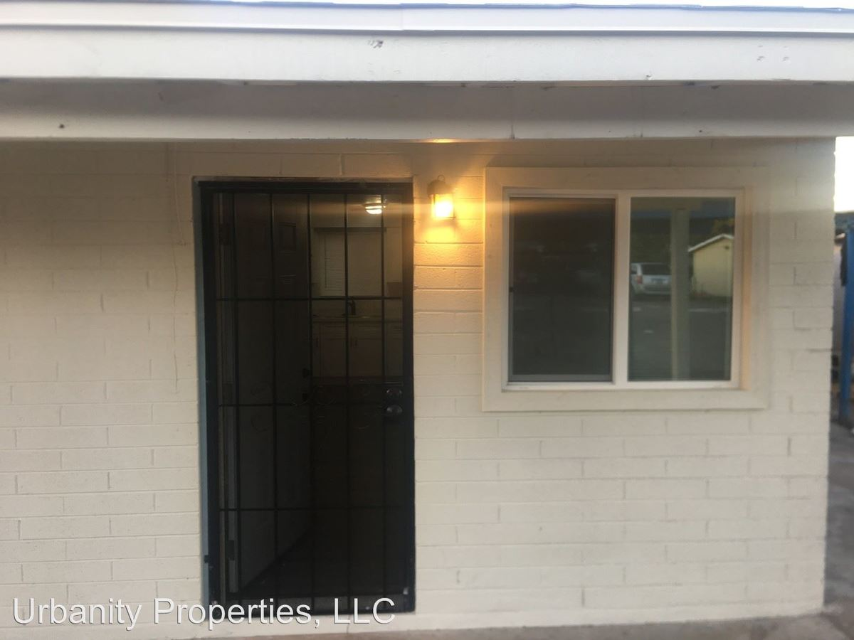 2 Bedrooms 1 Bathroom Apartment for rent at 4218 North17th Street in Phoenix, AZ