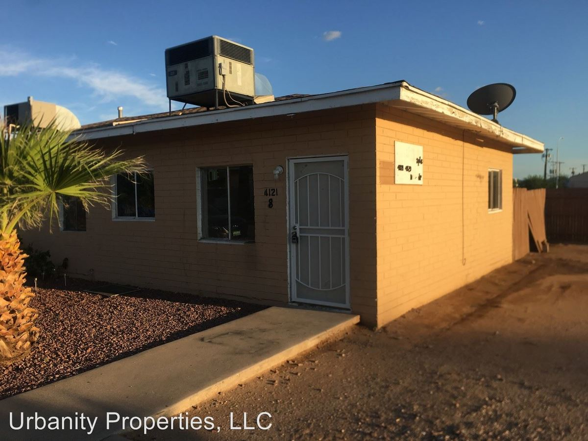 2 Bedrooms 1 Bathroom Apartment for rent at 4129 North 33rd Drive in Phoenix, AZ