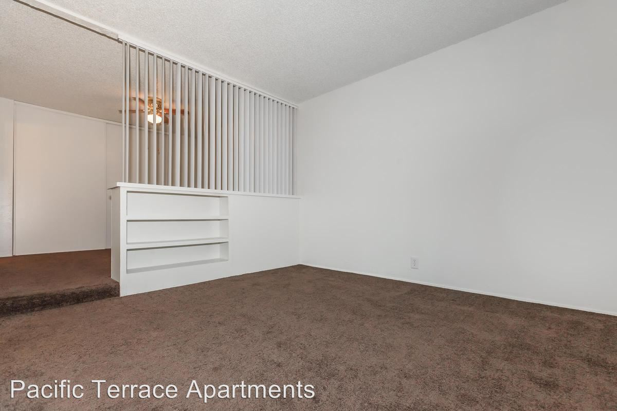 Studio 1 Bathroom Apartment for rent at 3701 Q Street #12 in Bakersfield, CA