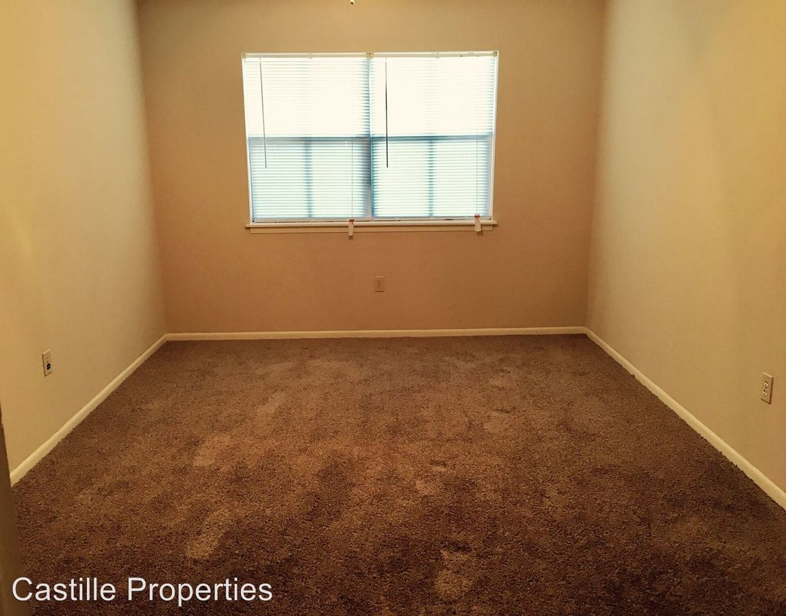2 Bedrooms 2 Bathrooms Apartment for rent at 1300 E Pont Des Mouton Road in Lafayette, LA