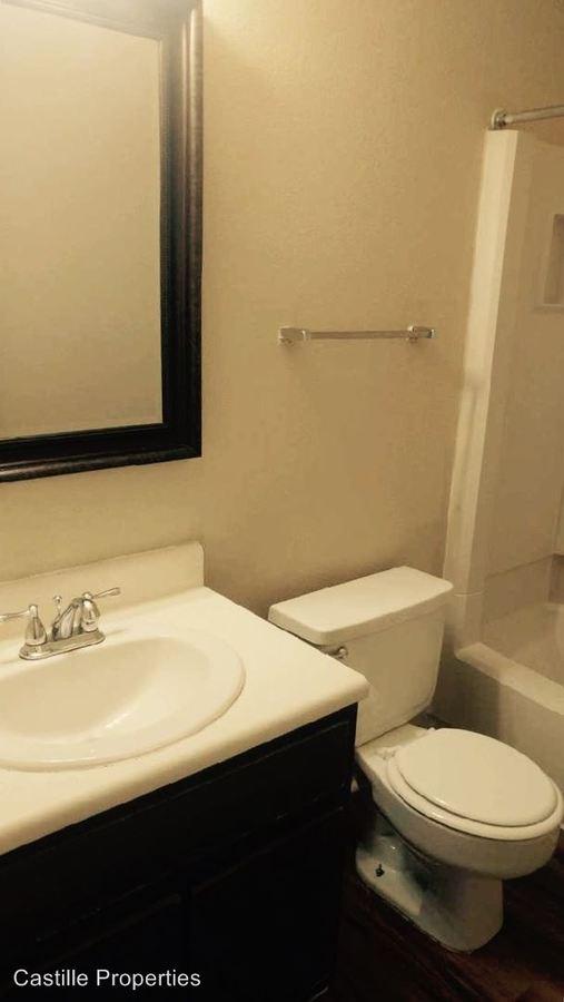 2 Bedrooms 2 Bathrooms Apartment for rent at 1300 E Pont Des Mouton Road in Lafayette, LA