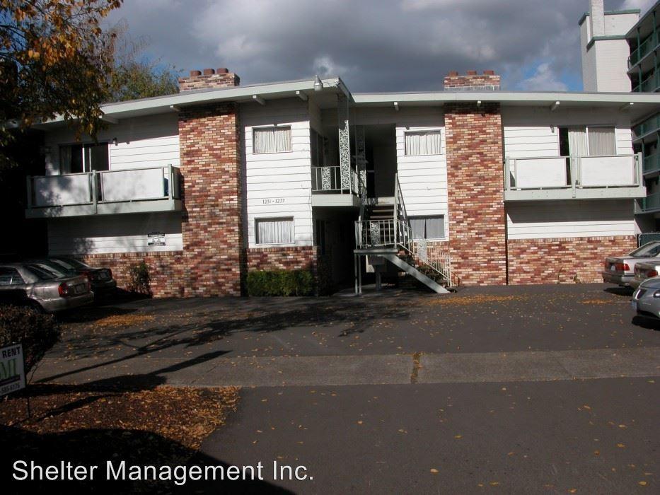 2 Bedrooms 1 Bathroom Apartment for rent at Colony Apartments 1251-1277 Chemeketa Street Ne in Salem, OR