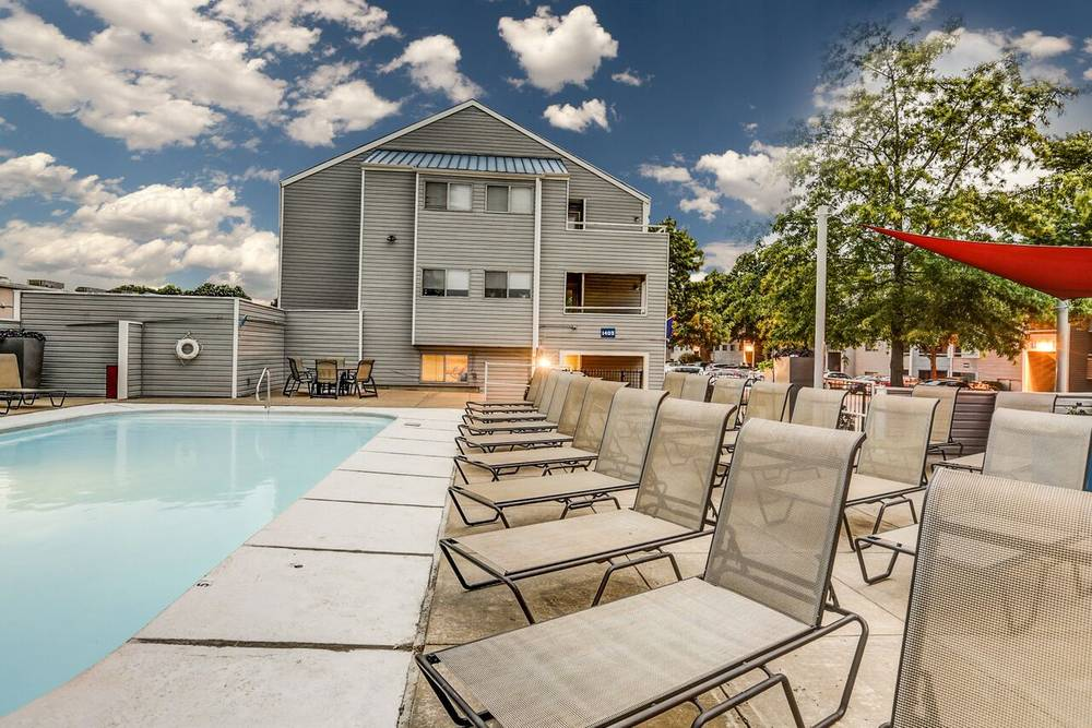 Orchard Corners Is A Lawrence Apartment Located At 1405 Apple Lane. The  Property Features 2   4 BR Rental Units Available Starting At $335.... See  More