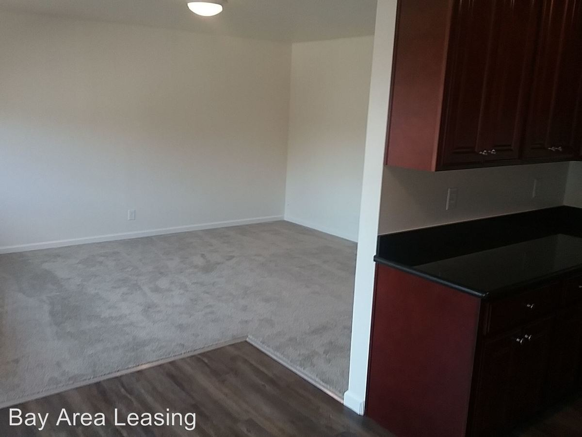 2 Bedrooms 1 Bathroom Apartment for rent at 734 East 20th St in Oakland, CA
