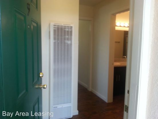 Studio 1 Bathroom House for rent at 2500 Dana St in Berkeley, CA