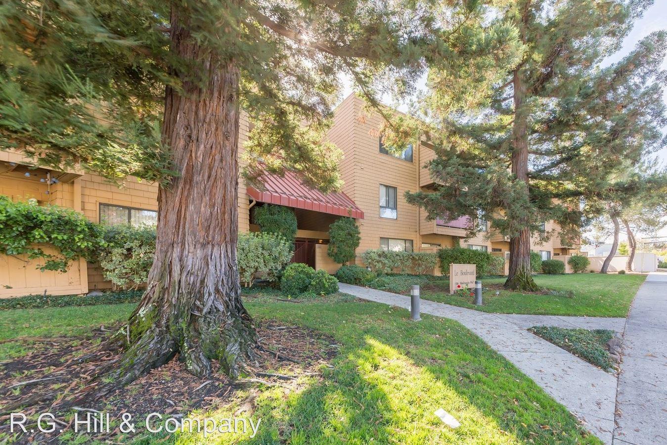 2 Bedrooms 2 Bathrooms Apartment for rent at 1336 Boulevard Way in Walnut Creek, CA