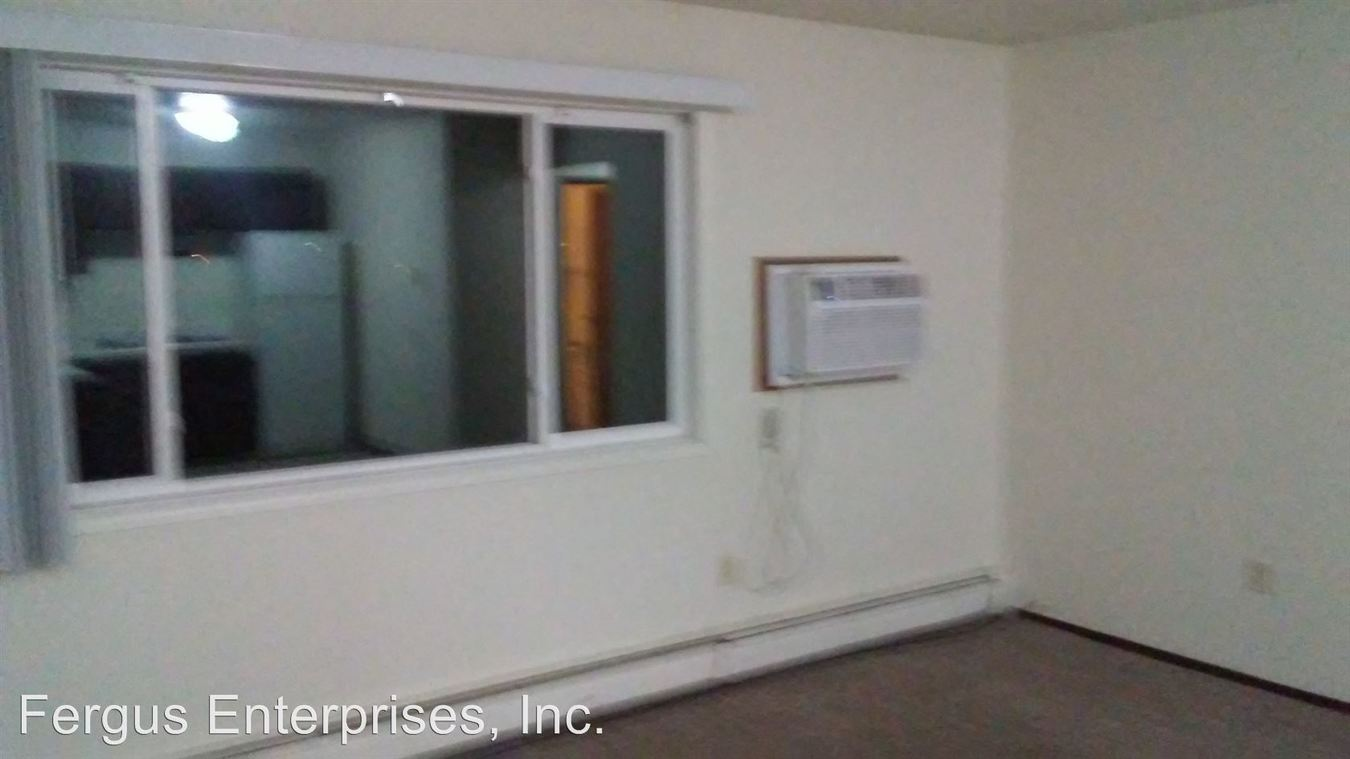 2 Bedrooms 1 Bathroom Apartment for rent at 1705 6th Ave E in Alexandria, MN