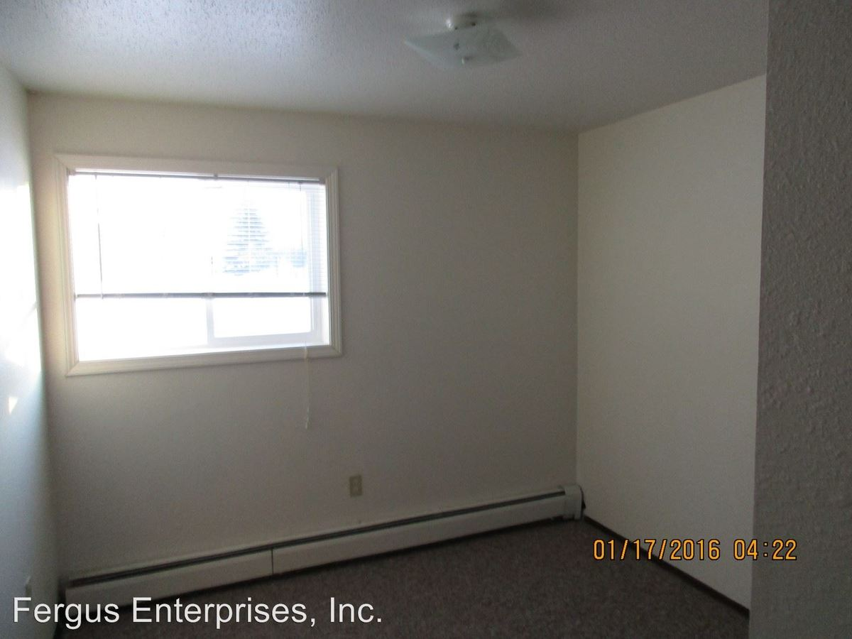 1 Bedroom 1 Bathroom Apartment for rent at 1705 6th Ave E in Alexandria, MN