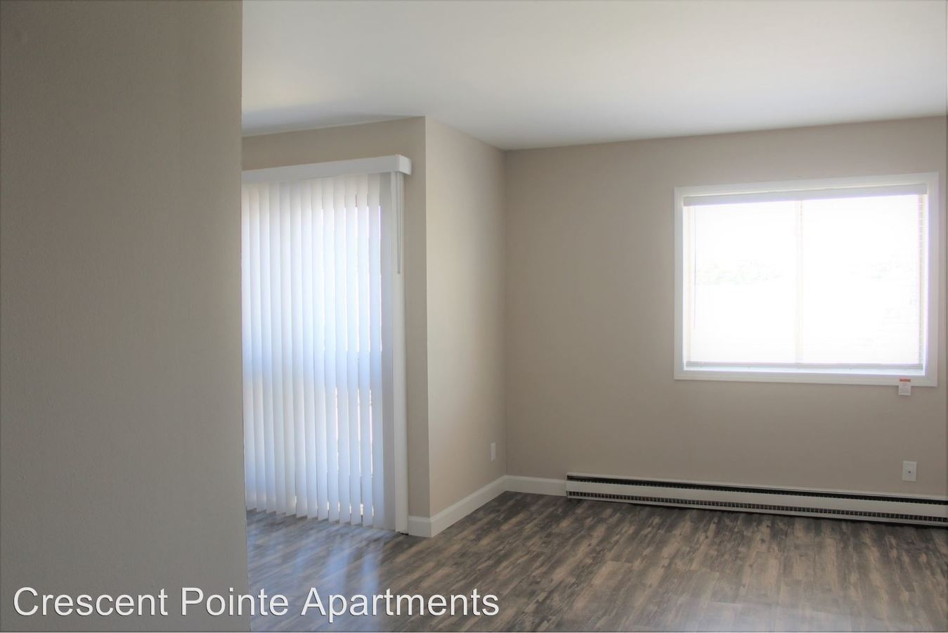 2 Bedrooms 1 Bathroom Apartment for rent at 621 Crescent Dr Apt. 14 in Champaign, IL