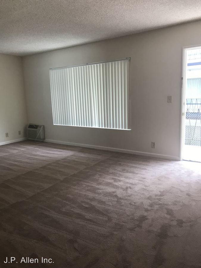 1 Bedroom 1 Bathroom Apartment for rent at 450 W. Doran St. in Glendale, CA