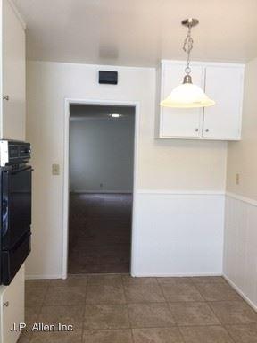 1 Bedroom 1 Bathroom Apartment for rent at 460 W. Doran St. in Glendale, CA