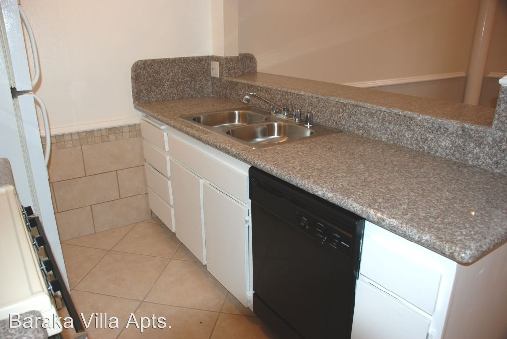 1 Bedroom 1 Bathroom Apartment for rent at 11737 Vanowen St. in North Hollywood, CA