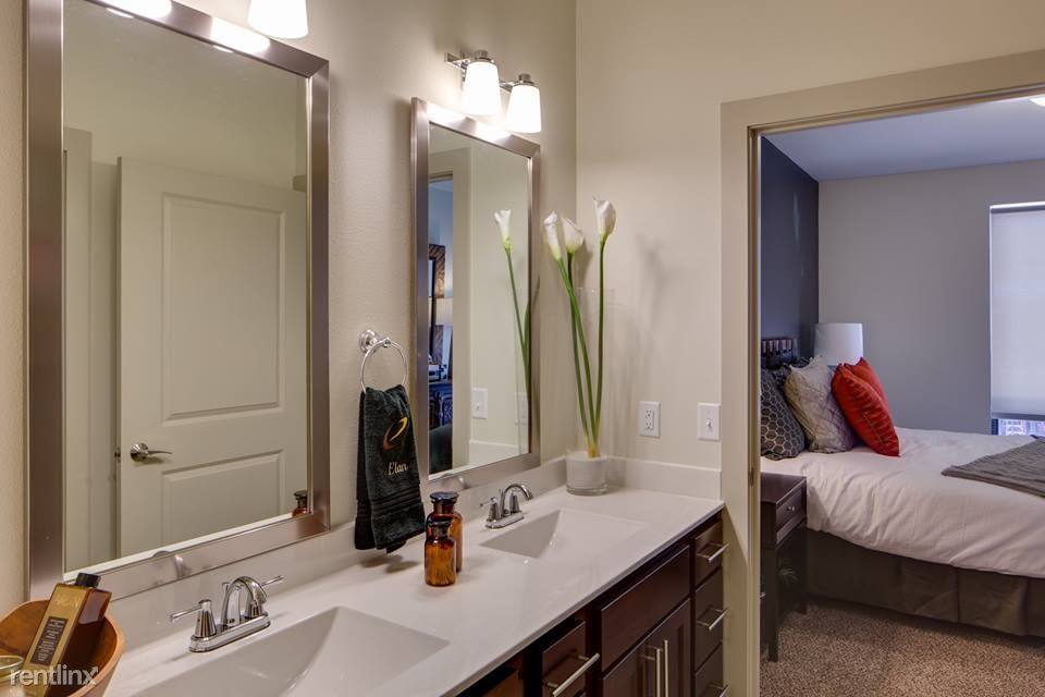 2 Bedrooms 2 Bathrooms Apartment for rent at W Lake St & Hennepin Ave in Minneapolis, MN