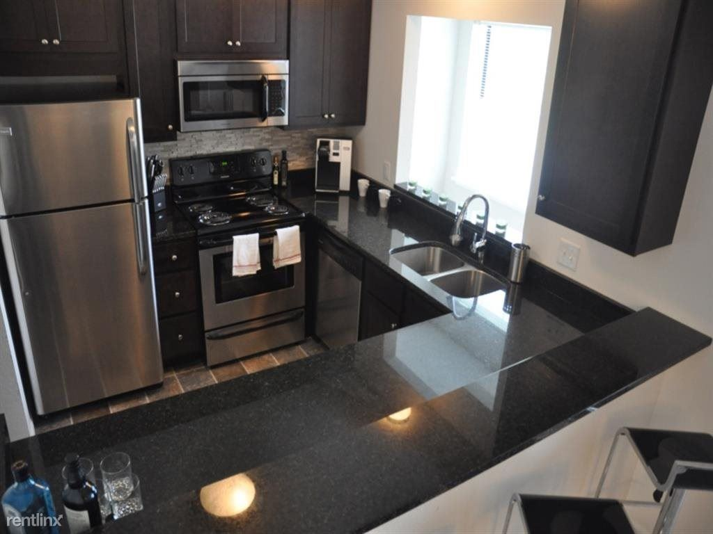 2 Bedrooms 2 Bathrooms Apartment for rent at 35w & W Old Shakopee Rd in Bloomington, MN