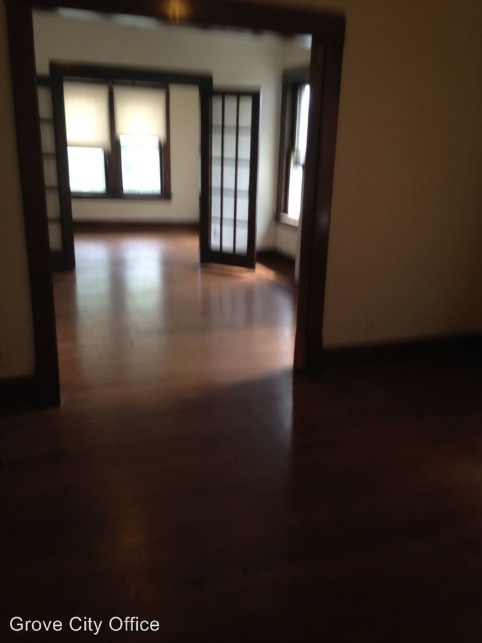 2 Bedrooms 1 Bathroom Apartment for rent at 429 S. Broad St. in Grove City, PA