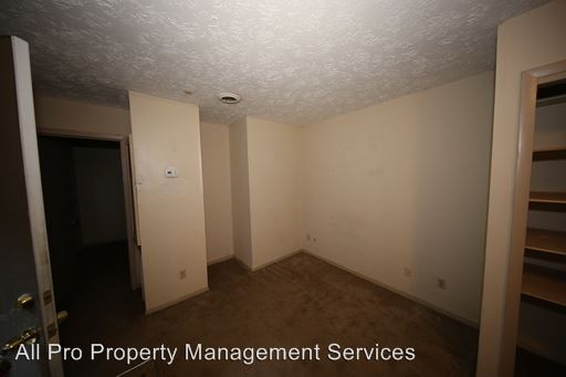 2 Bedrooms 1 Bathroom Apartment for rent at 5211 - 5251 Pocahontas Dr in Knoxville, TN