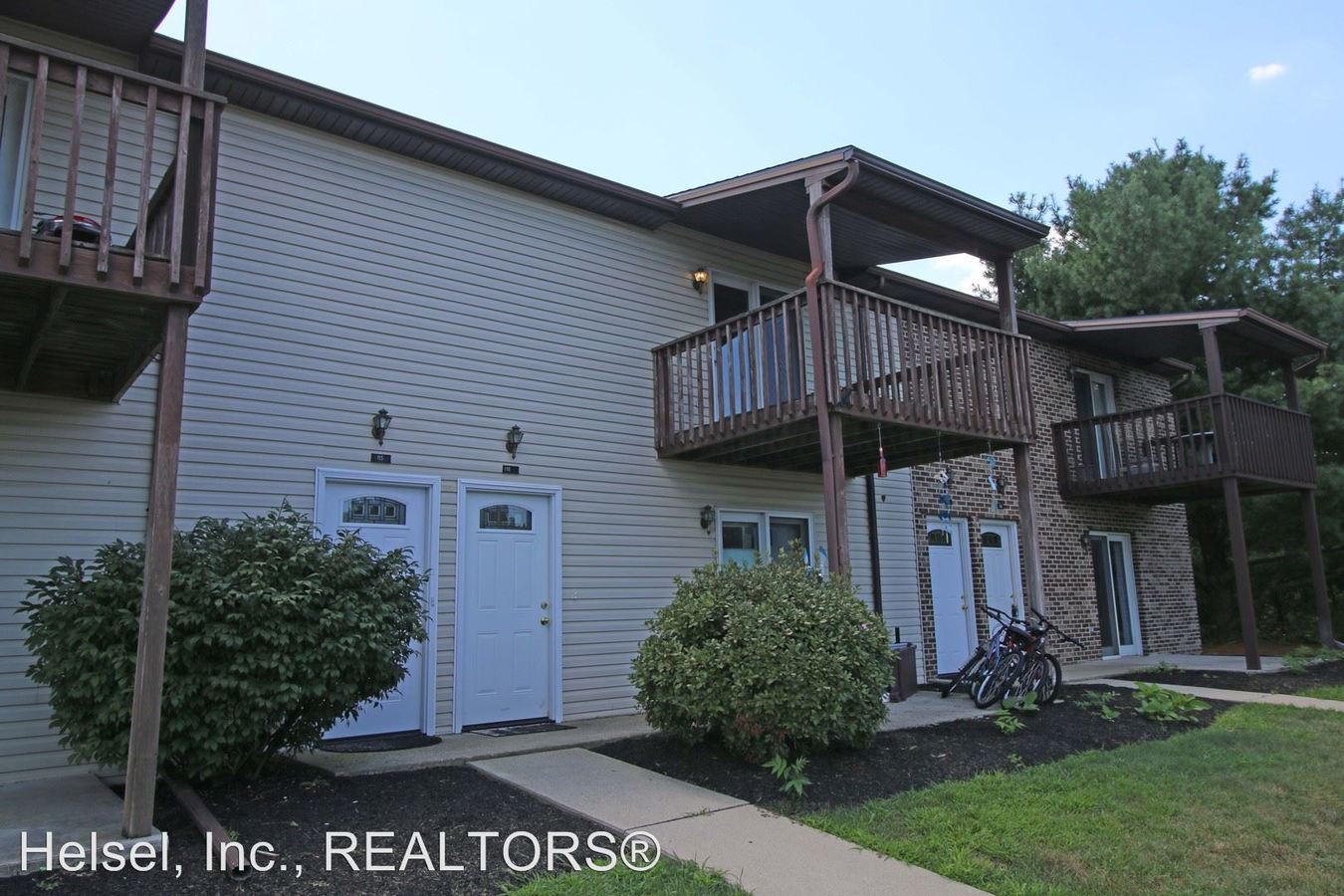 2 Bedrooms 1 Bathroom Apartment for rent at 4225 Roth Lane in Mechanicsburg, PA