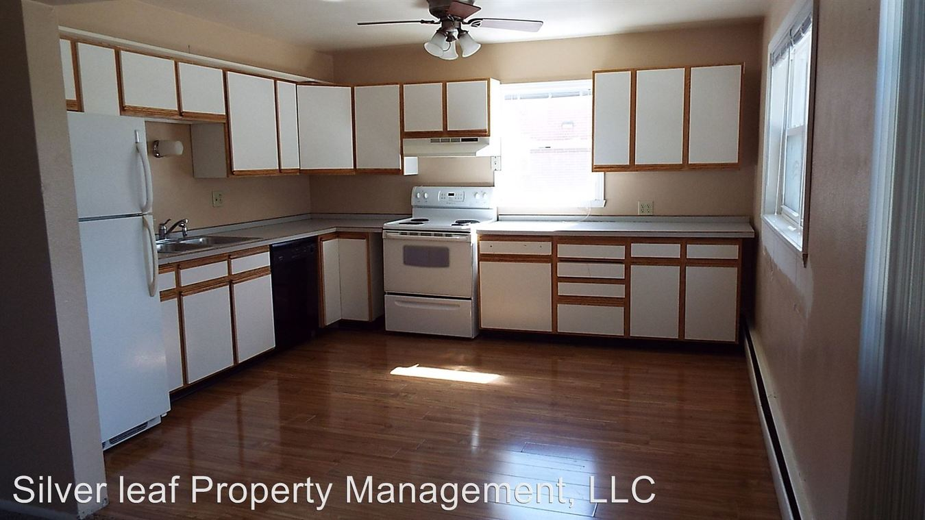 2 Bedrooms 1 Bathroom Apartment for rent at 2907, 2913 8th St N in Fargo, ND