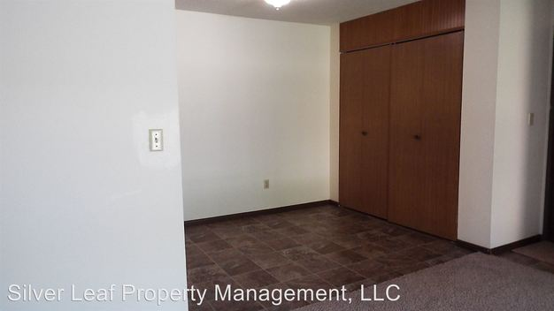 2 Bedrooms 1 Bathroom Apartment for rent at 1002, 1010 18th St N, 1818 11th Ave N in Fargo, ND