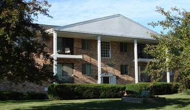 Similar Apartment at Chief Okemos Apartments