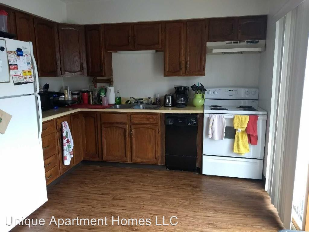 Studio 1 Bathroom Apartment for rent at 134 Hyland Ave in Ames, IA