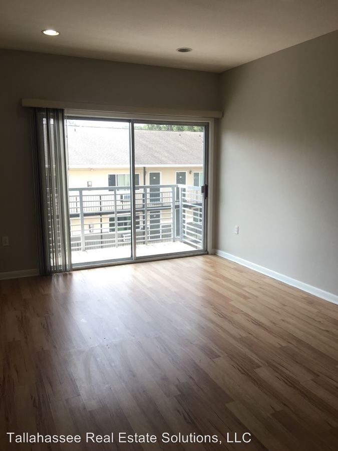 2 Bedrooms 2 Bathrooms Apartment for rent at 302 Stadium Drive in Tallahassee, FL