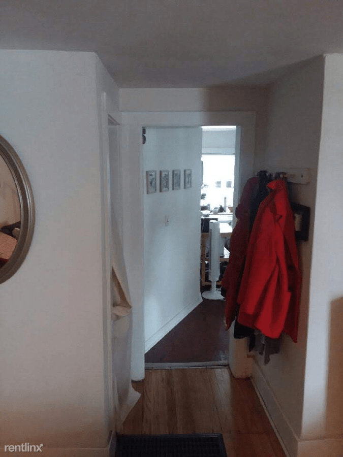 2 Bedrooms 1 Bathroom Apartment for rent at 714 W Liberty St in Ann Arbor, MI