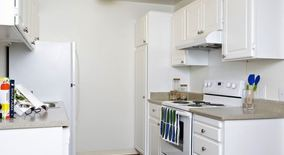 Similar Apartment at Eaves Foster City