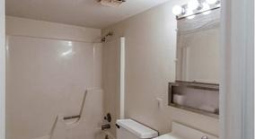 Similar Apartment at 1000 Mac Dade Boulevard