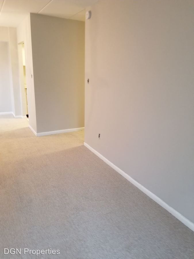 2 Bedrooms 1 Bathroom Apartment for rent at 1000 Macdade Boulevard in Chester, PA