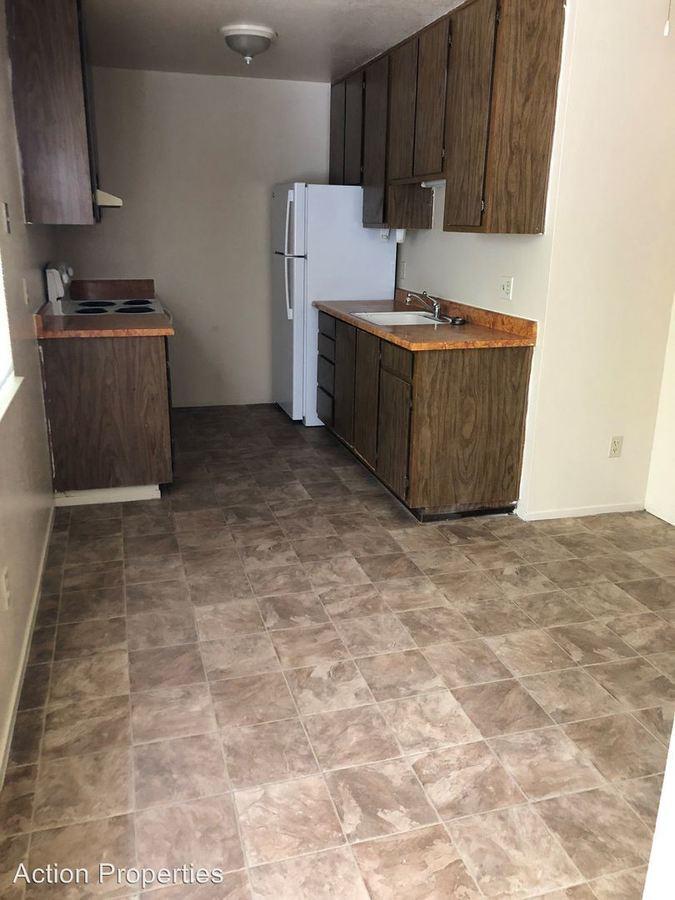 2 Bedrooms 1 Bathroom Apartment for rent at 2640 Woodridge Court in Placerville, CA
