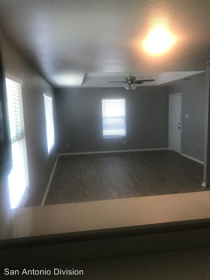 3 Bedrooms 1 Bathroom Apartment for rent at 1707 Dawson Street in San Antonio, TX