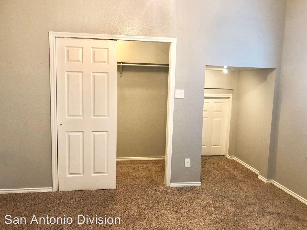 2 Bedrooms 1 Bathroom Apartment for rent at 1707 Dawson Street in San Antonio, TX