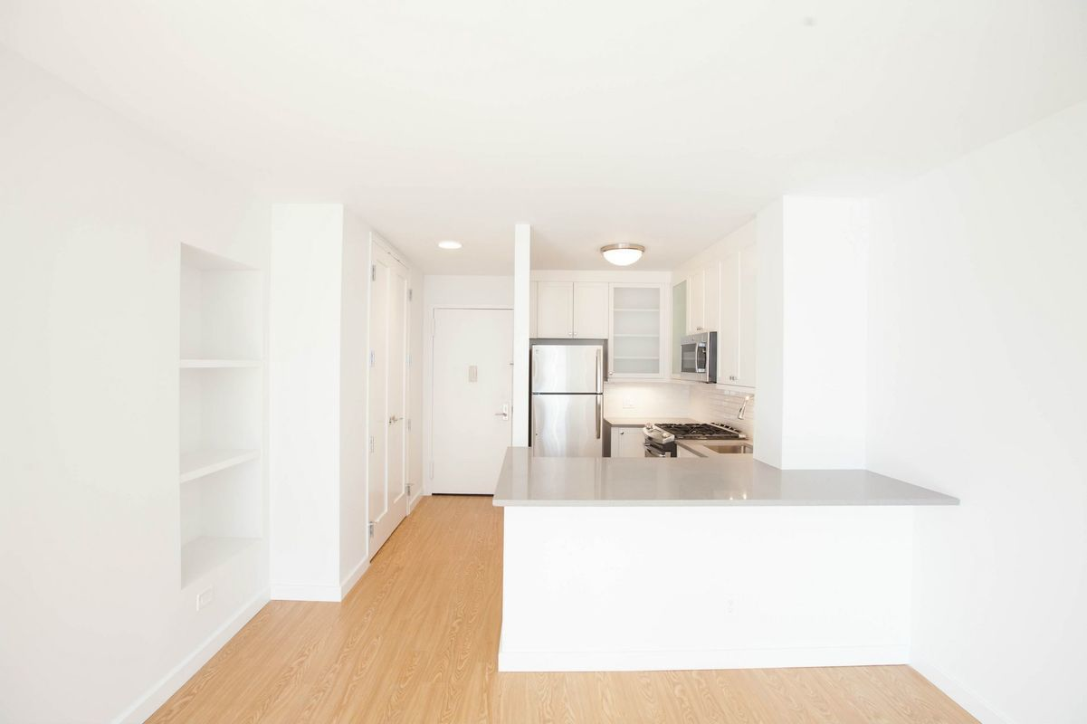 60 West 66th St