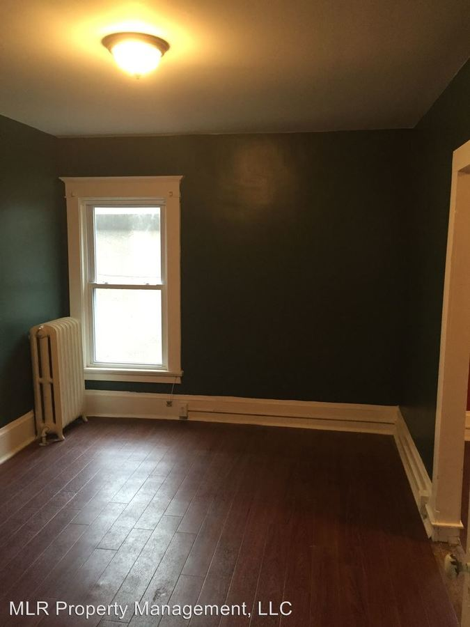 3 Bedrooms 2 Bathrooms Apartment for rent at 202-04 E Marshall St in Ithaca, NY