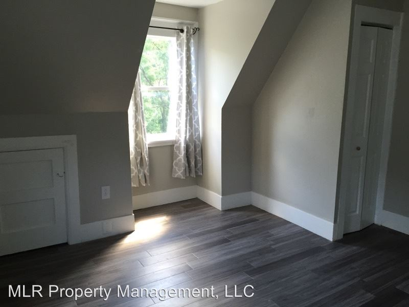 3 Bedrooms 1 Bathroom Apartment for rent at 521 E State St in Ithaca, NY